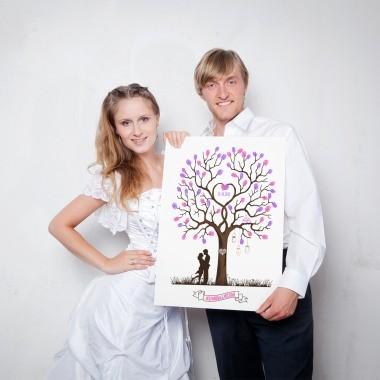 Brautpaar mit Weddingtree