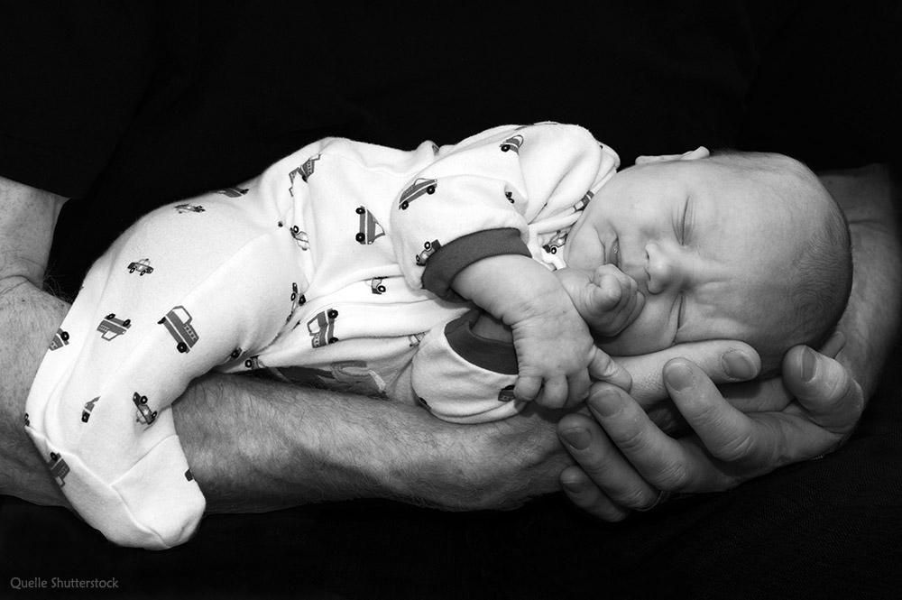 Foto für Geburtskarte schlafendes Baby