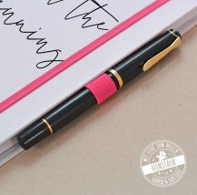 Stiftschlaufe für individualisierbaren Kalender