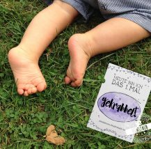 Meilensteinkarten für Baby zum ersten mal krabbeln