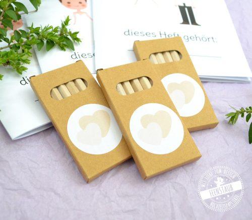 Malheft und Rätselheft mit Buntstifte für Hochzeit
