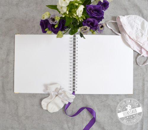 leeres Gästebuch für die Taufe