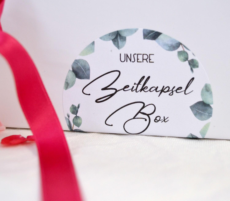 Idividuelle Hochzeits Zeitkapsel Box mit Karten