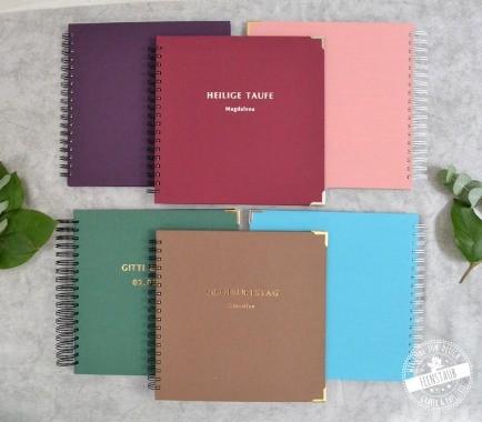 Individuelle Gästebücher zum Ausfüllen