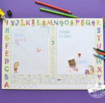 Schreibtischunterlage mit Buchstaben und Zahlen zum ausmalen