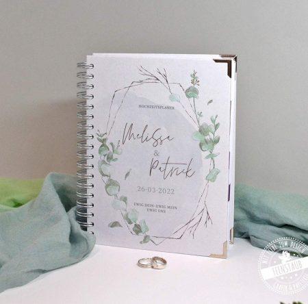 Hochzeitsplaner mit Eukalyptus
