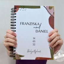 Hochzeitsplaner minimalistisches Design in Braun und Grüntönen