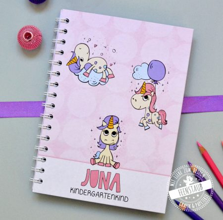 Notizbuch mit Einhörnern als Geschenk zum Schulbeginn für Mädchen