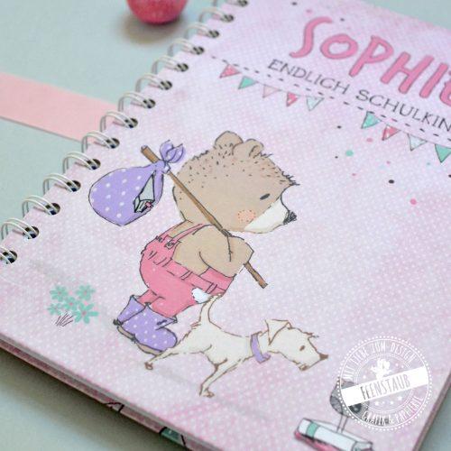 Notizbuch für Schulkind personalisierbar mit Namen und Text in rosa und grün