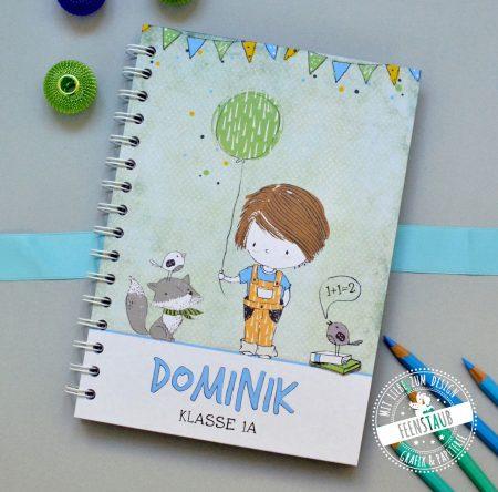 Notizbuch für Schulkind 1. Klasse Junge in grün, mit Namen bedruckt