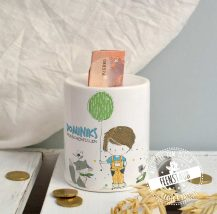Spardose für Kinder mit lustigen Motiven und personalisierbar mit Spruch und Namen