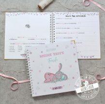 Gästebuch für die Taufe mit vorgedruckten Fragen zum Ausfüllen 25x25cm rosa